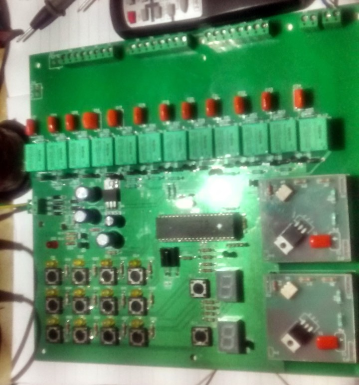 12 Channel Relay + 2 Channel Dimmer control by IR Remote and keyboard