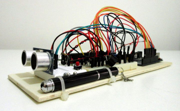 4 meter range Ultrasonic Distance Meter using Arduino