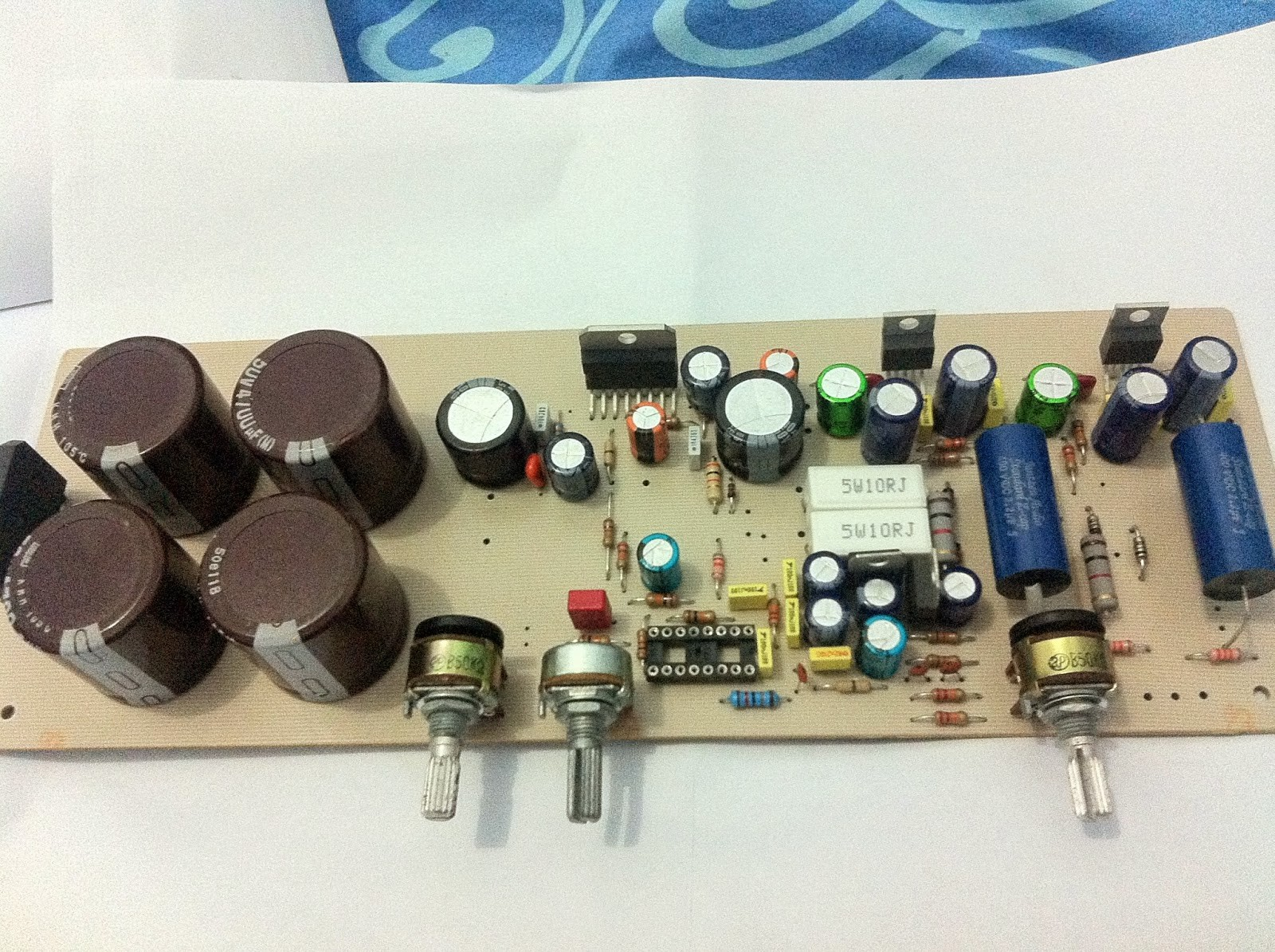 2.1 Amplifier With TDA7294 and LM1875 18