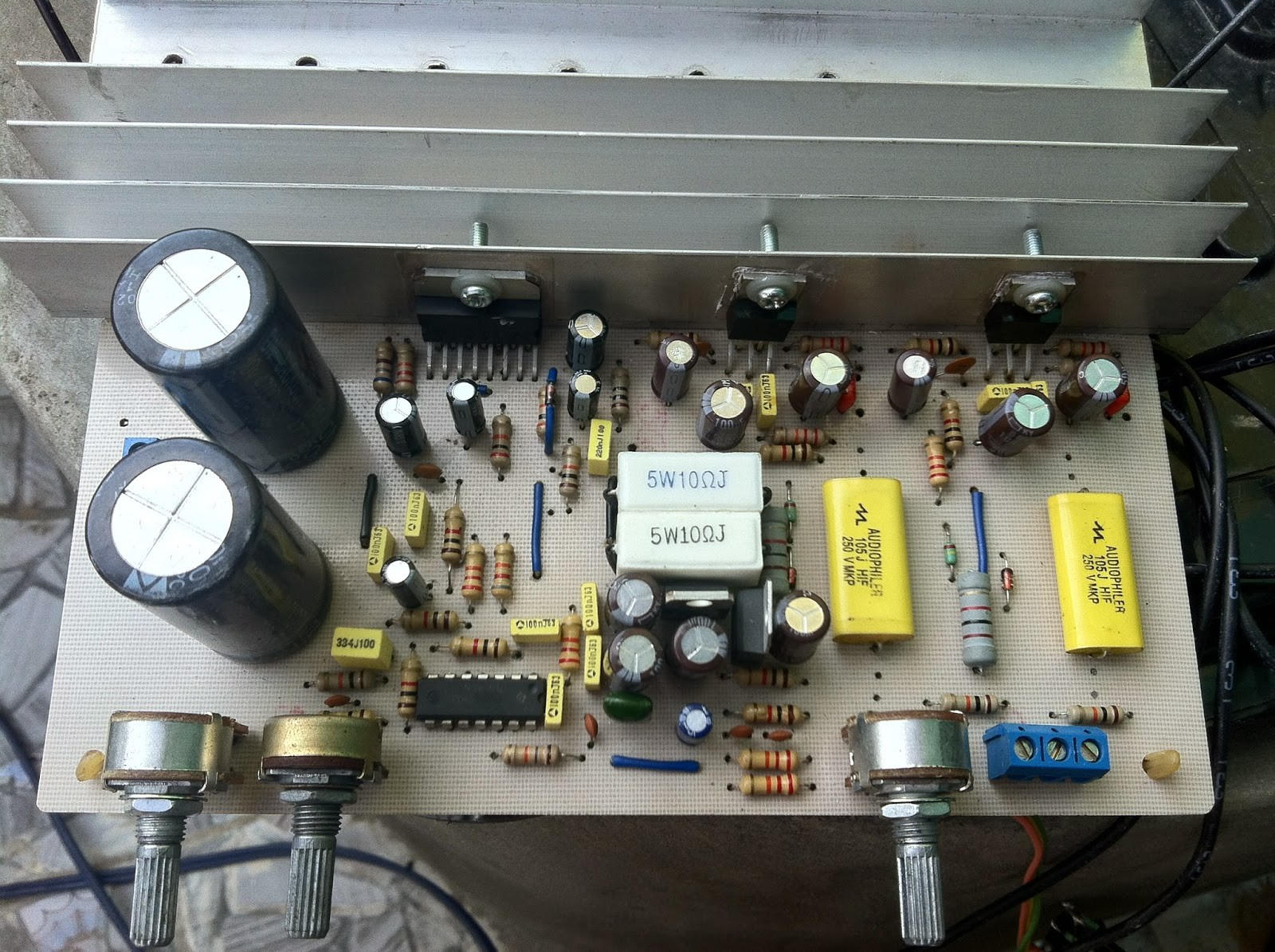 2.1 Amplifier With TDA7294 and LM1875 24