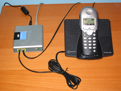 Call for free to regular phones with VoIP using the Sipura SPA3000
