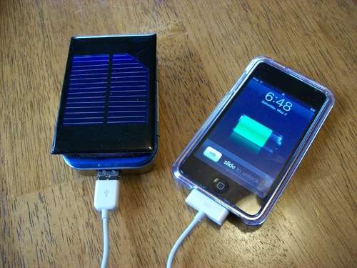How to make a solar iPod or iPhone charger