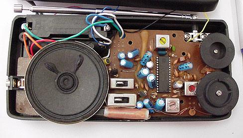 Explore inside of a Radio