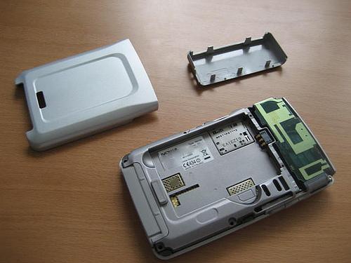 Taking apart a Nokia E61