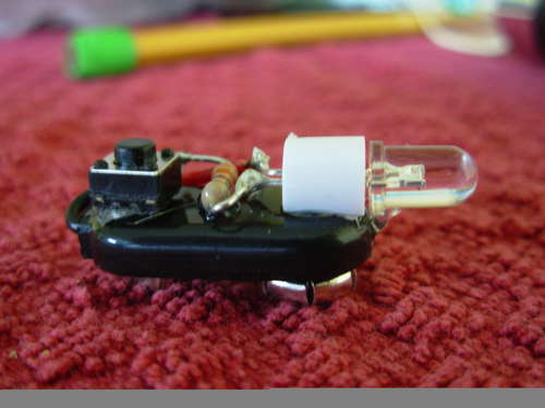 Tiny 9V Clip Flashlight!