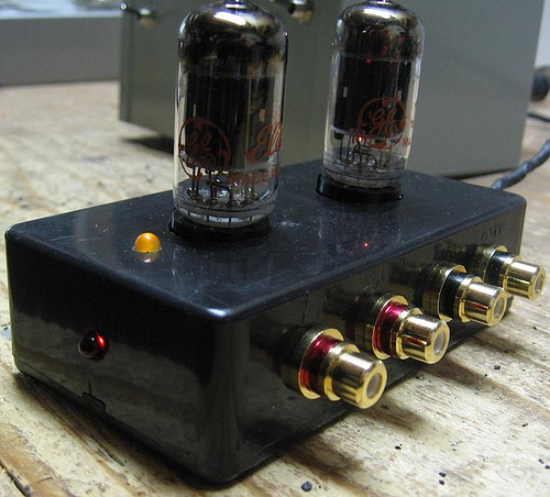 DIY 12AU7 Tube Preamplifier