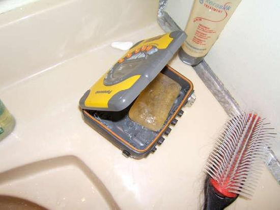 Walkman Soap Dish: No Soap Radio