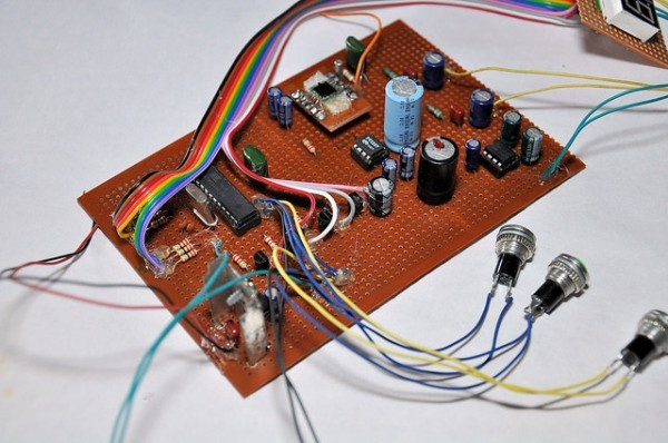 Low cost TEA5767 based FM stereo radio receiver