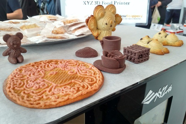 XYZ printer shows its new 3D food printer at Berlin IFA 2015