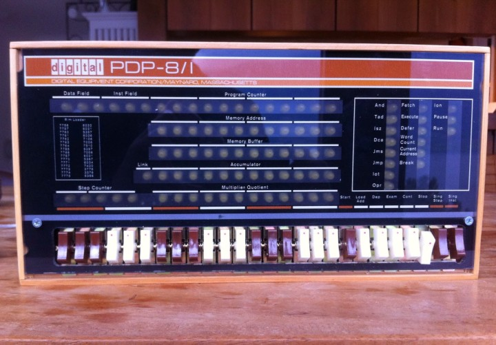PiDP-8/I replica with Raspberry Pi