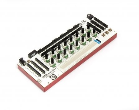 NS1 Nanosynth the hackable analog synthesizer is back!
