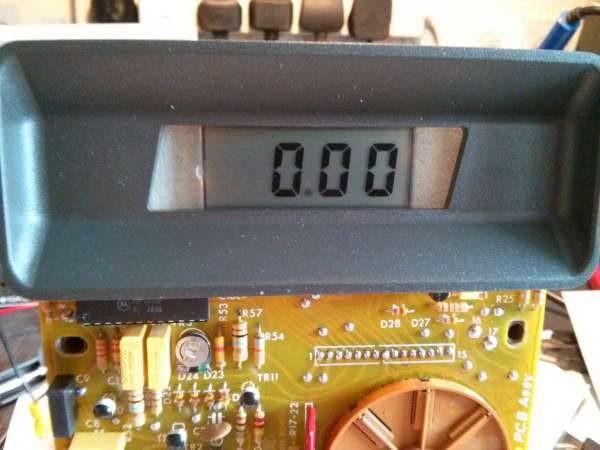 AVO DA116 repair: Replacing the LCD