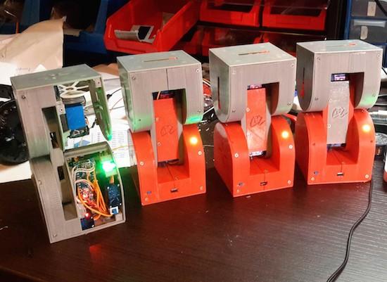 Dtto is a self-reconfigurable modular robot