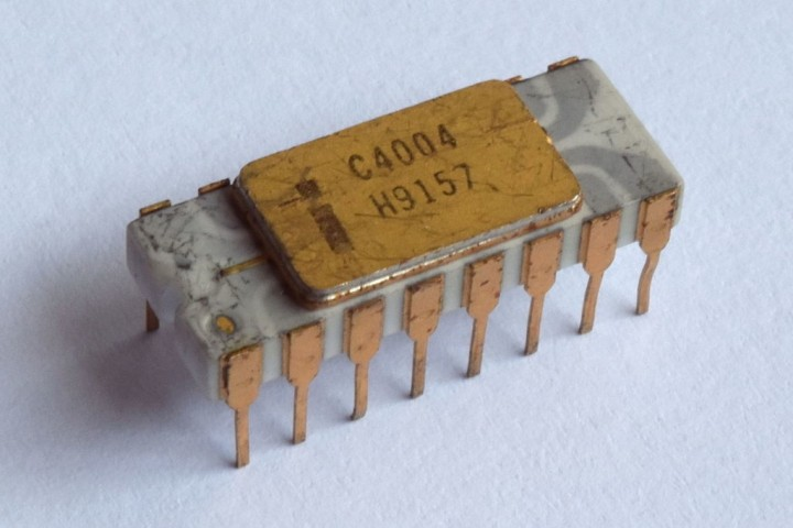 Schematic, Mask, and Die Shot of Intel's 4004 CPU from 1971