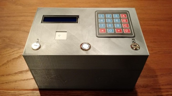 Learn How to Build This Complex Electronic Puzzle Box Using a 3D Printer and Arduino