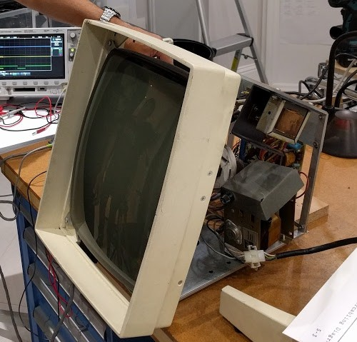 Restoring Y Combinator's Xerox Alto, day 2: Repairing the display