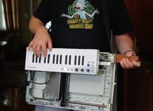Relive the '80s with a MIDI-controlled Scanjet keytar