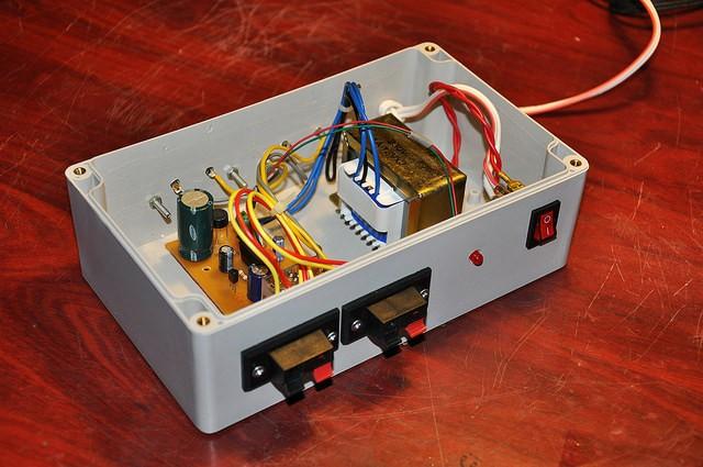 μPC1237 based 2 channel speaker protector