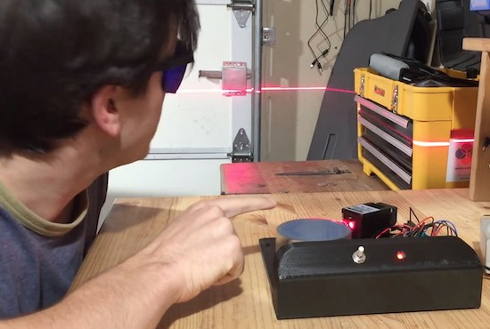 """Building a """"laser sky"""" effect generator with Arduino"""