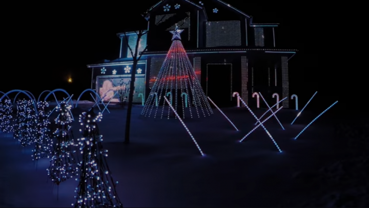 12 dazzling holiday light displays with Arduino