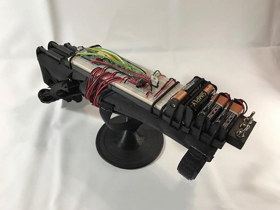 This 3D-printed bionic hand can replace or support a limb