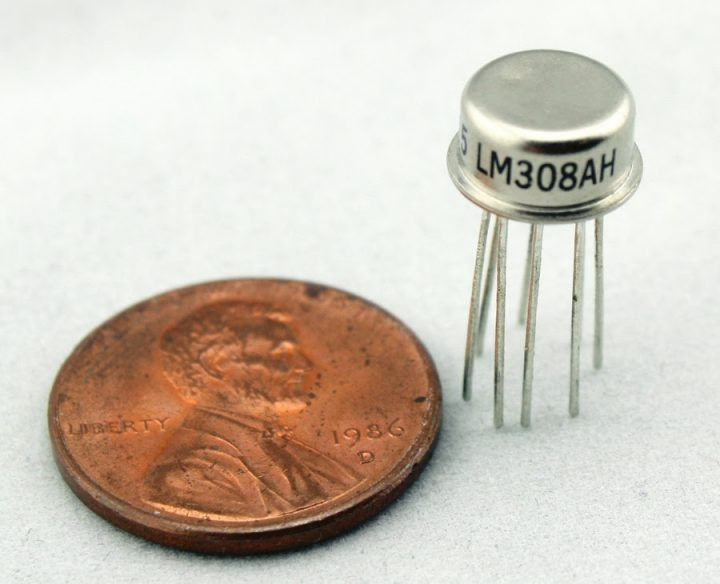 Die Photos and Analysis of the LM108 Operational Amplifier