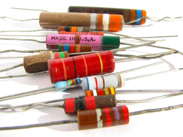 Carbon Film Resistor – Working, Construction & Applications