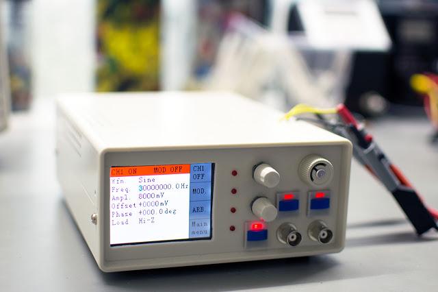 30 MHz DIY Signal Generator (part 1)
