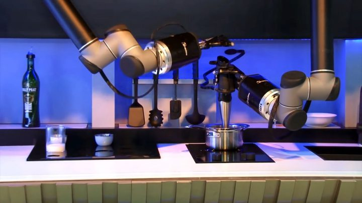 How is The World's first Robotic Kitchen